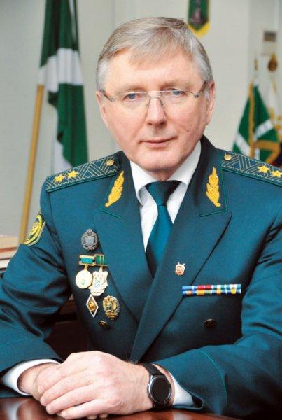 Генерал брал не борзыми щенками а золотыми слитками.